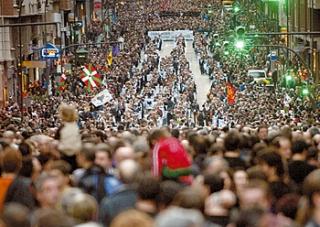 20110311091318-u8manifestazioa.jpg