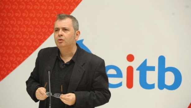 KOMUNIKAZIOA.El lehendakari considera que el PNV desvia la audiencia de EITB a las emisoras privadas españolas