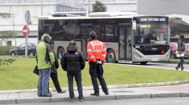 NI,ZU TA BIOK.Guerra de buses en Galdakao.